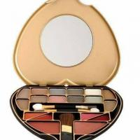 Body collection makeup cosmetics.