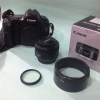 Canon EOS 5D WITH Canon EF 50mm f/1.8 STM
