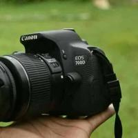 DSLR canon 700d with 18-55mm,75-300mm lens.....
