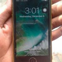 iPhone 5(64)gb